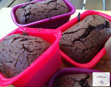 moelleux au chocolat en mini cakes la recette facile. Black Bedroom Furniture Sets. Home Design Ideas