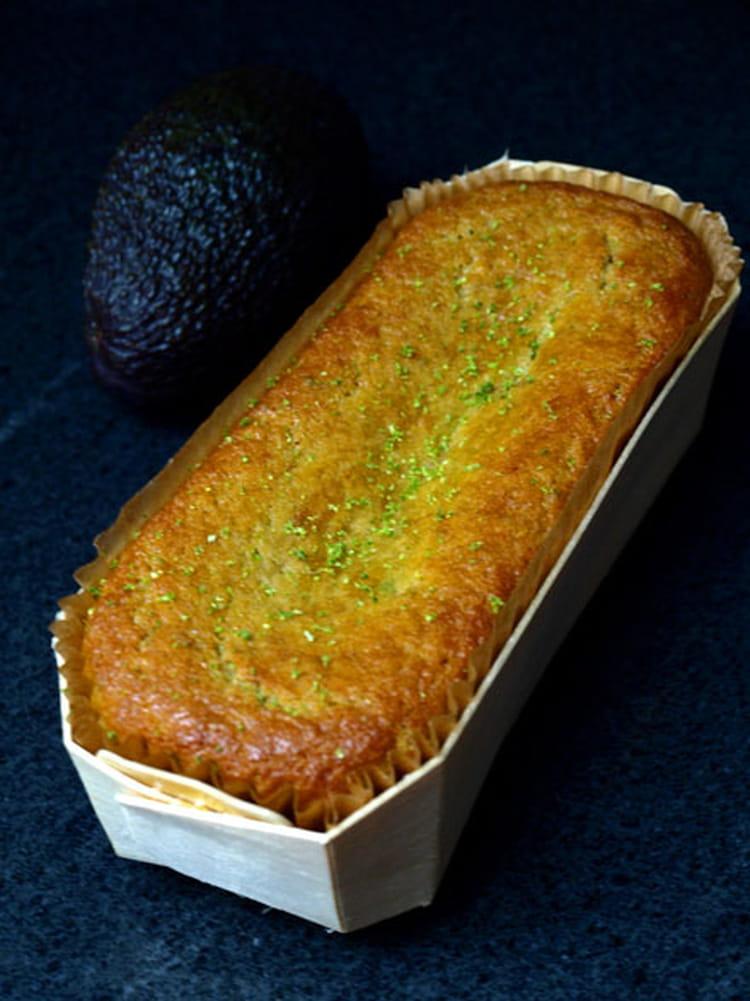 recette de cake sucr l 39 avocat et au citron vert la recette facile. Black Bedroom Furniture Sets. Home Design Ideas