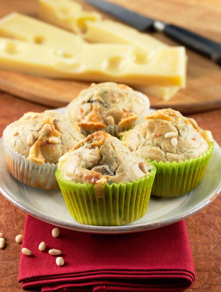 recette de muffins ap ritifs aux noix champignons et emmental de savoie la recette facile. Black Bedroom Furniture Sets. Home Design Ideas