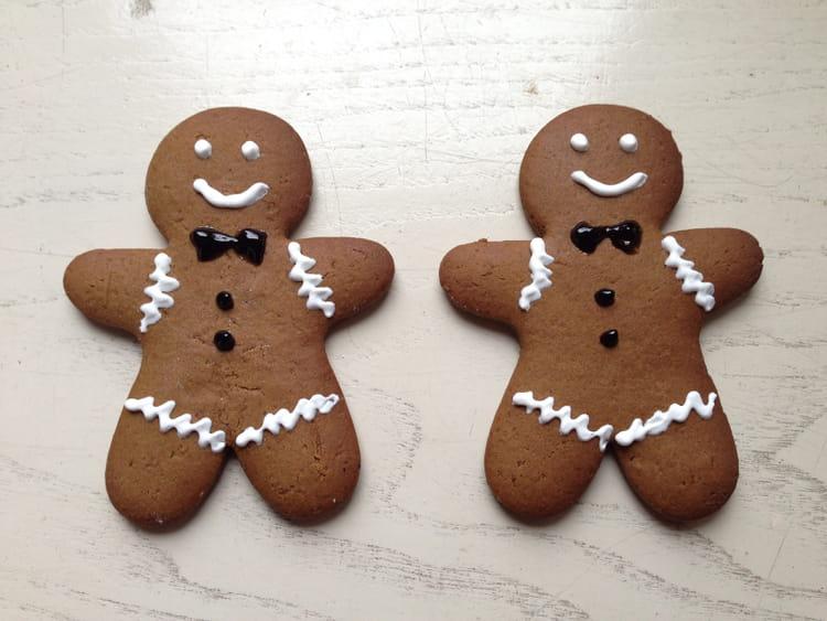 Recette de biscuits de noel gingerbread man cookie la recette facile - Biscuit de noel facile ...