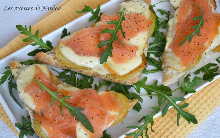 recette de bruschettas au saumon fum pommes de terre rissol es et fromage raclette la. Black Bedroom Furniture Sets. Home Design Ideas