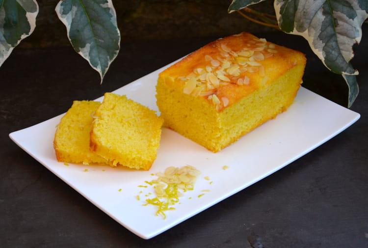 recette de cake moelleux au citron et amandes la recette. Black Bedroom Furniture Sets. Home Design Ideas