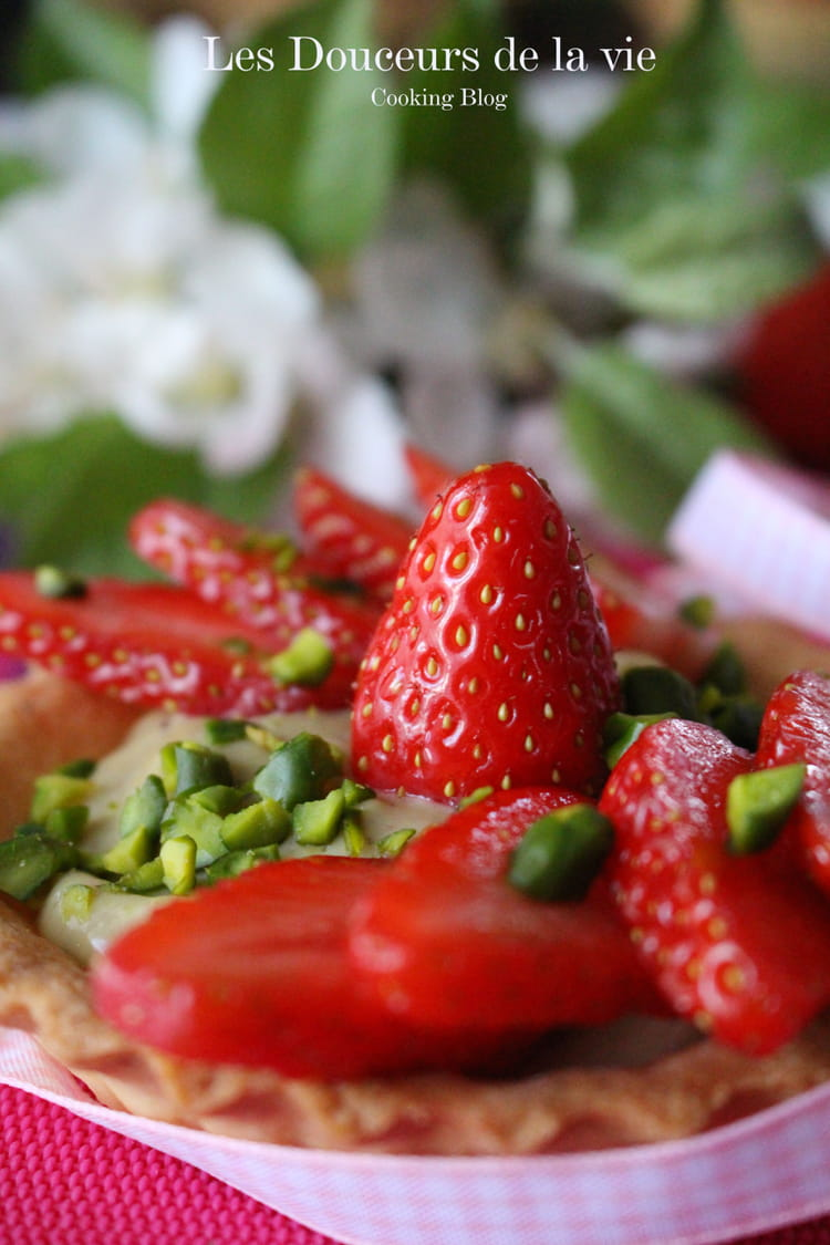 Tartelettes aux fraises et crème à la pistache