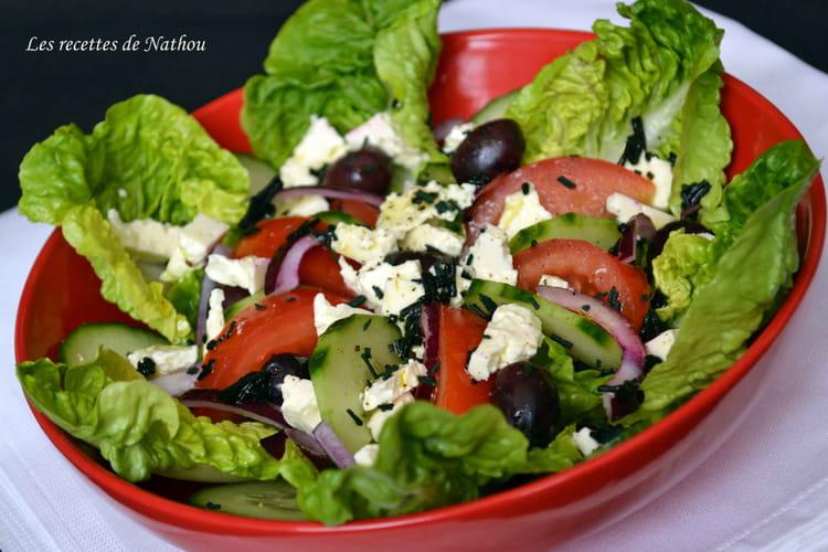 recette de salade la grecque vinaigrette au citron et la spiruline la recette facile. Black Bedroom Furniture Sets. Home Design Ideas