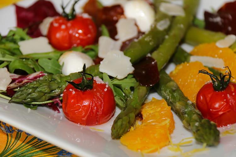 Recette de salade tr vise aux asperges vertes et tomates - Cuisiner les asperges vertes ...