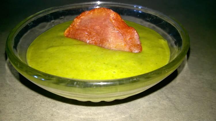 Recette de velout froid de fanes de carottes la recette - Cuisiner fanes de carottes ...