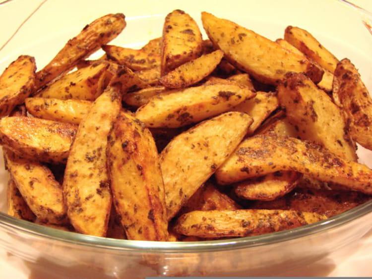 Recette de potatoes de pommes de terre nouvelles au paprika la recette facile - Cuisiner des pommes de terre nouvelles ...