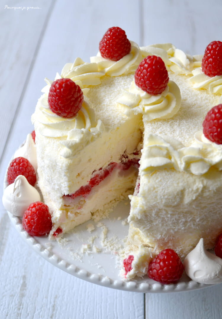 Recette de g teau glac la meringue chantilly noix de - Decoration gateau avec creme chantilly ...