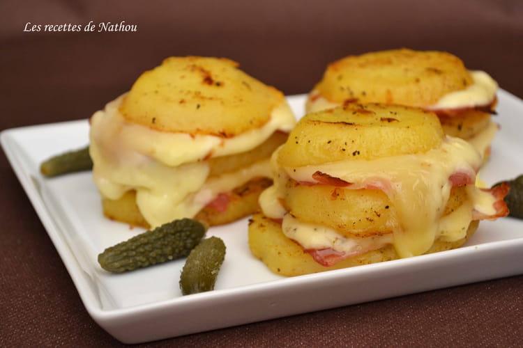 Recette de pommes de terre au fromage raclette et lard fum la recette facile - Recette saumon au four avec pomme de terre ...