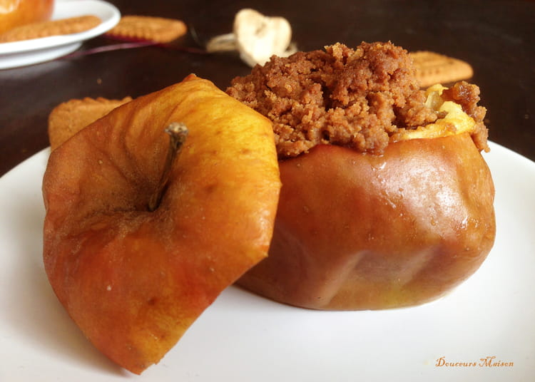 Recette de crumble pomme poire et sp culoos la recette - Maison de la pomme et de la poire ...