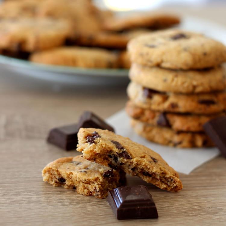 recette cookies au beurre de cacahu te et chocolat noir cookie. Black Bedroom Furniture Sets. Home Design Ideas
