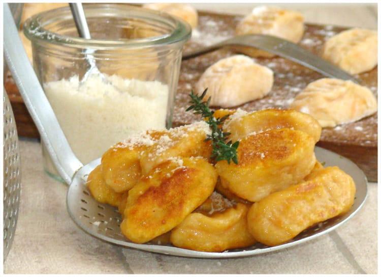 Recette de gnocchis au potiron la recette facile - Cuisiner des gnocchis ...