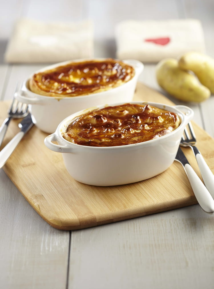 recette de tourte de pomme de terre ratte du touquet la viande la recette facile. Black Bedroom Furniture Sets. Home Design Ideas