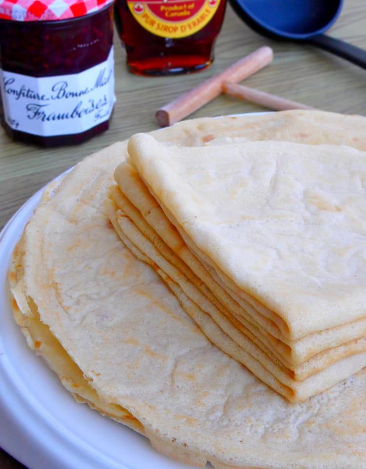 Recette de cr pes sans oeuf ni lait vegan la recette facile - Recette crepe sans doseur ...