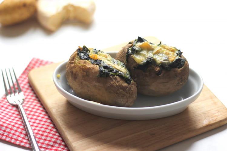 recette de pommes de terre au four farcies aux pinards et reblochon la recette facile. Black Bedroom Furniture Sets. Home Design Ideas