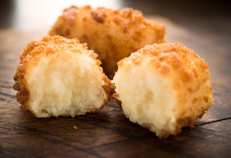 Recette de Croquettes de pommes de terre au cheddar : la recette ...