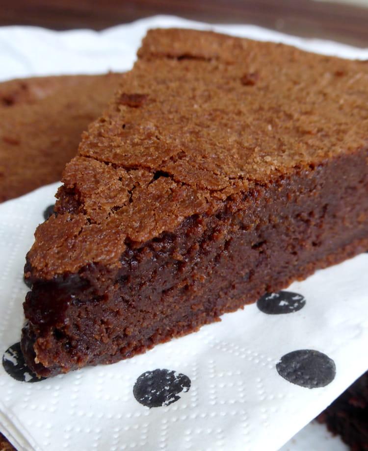 Recette de Gâteau au chocolat Suzy de Pierre Hermé : la recette ...