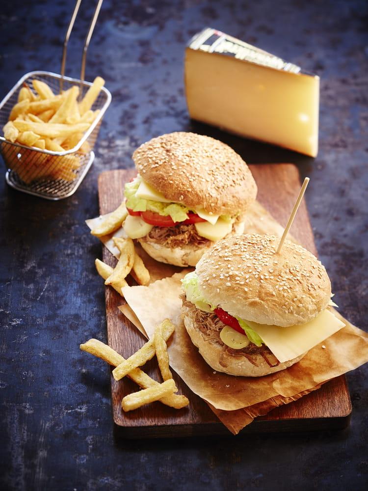 recette de hamburger au confit de canard pommes de terre grenaille et fromage appenzeller la. Black Bedroom Furniture Sets. Home Design Ideas