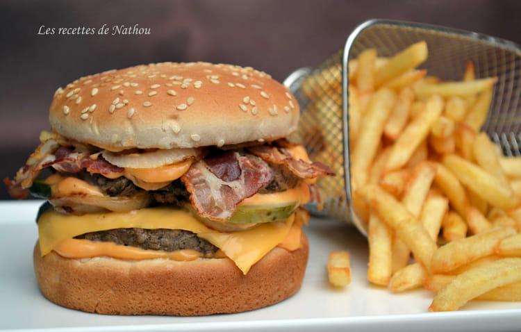 Recette de hamburger au bacon la recette facile - Recette hamburger maison original ...
