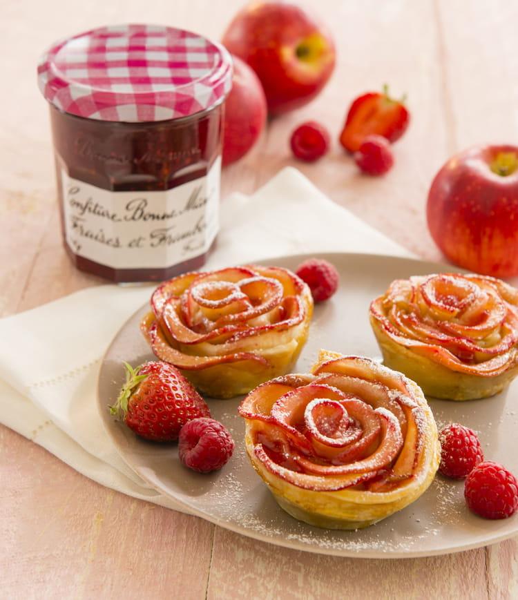 recette de tartelettes aux p tales de pommes et confiture. Black Bedroom Furniture Sets. Home Design Ideas