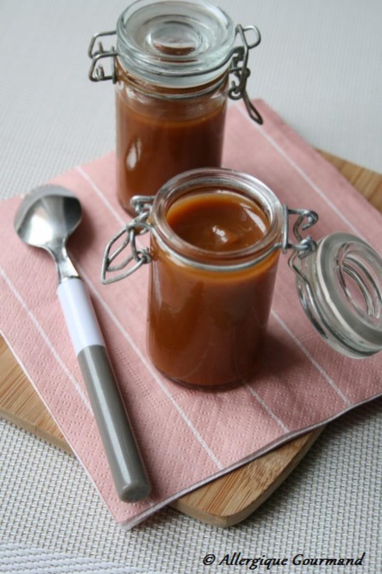 recette de caramel au beurre sal la noix de coco la recette facile. Black Bedroom Furniture Sets. Home Design Ideas