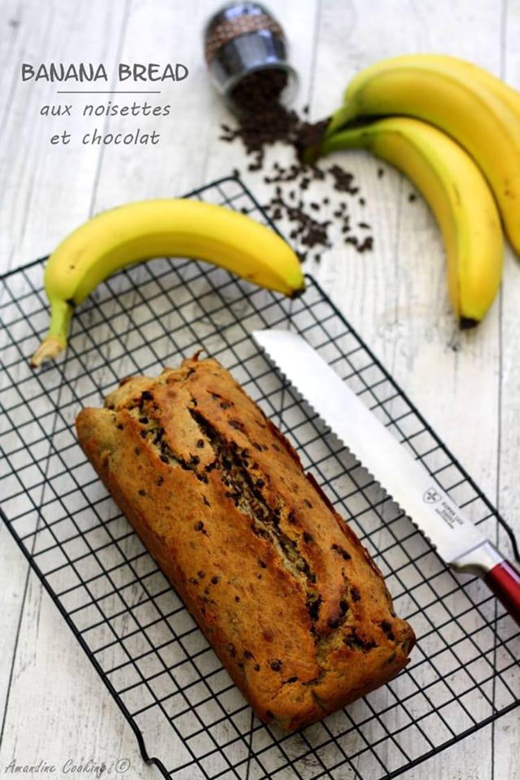 recette de cake la banane noisettes et p pites de chocolat la recette facile. Black Bedroom Furniture Sets. Home Design Ideas