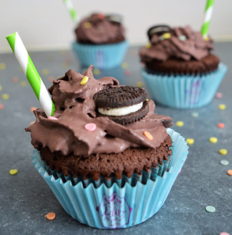 Recette de cupcake chocolat et oreo la recette facile - Recette de cupcake facile ...