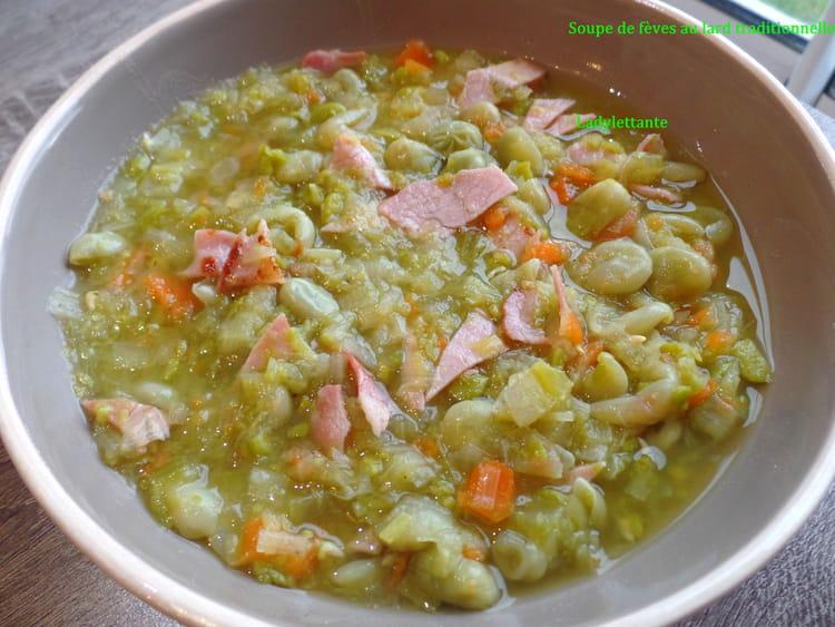 Recette de soupe traditionnelle de f ves au lard la - Cuisiner des feves seches ...