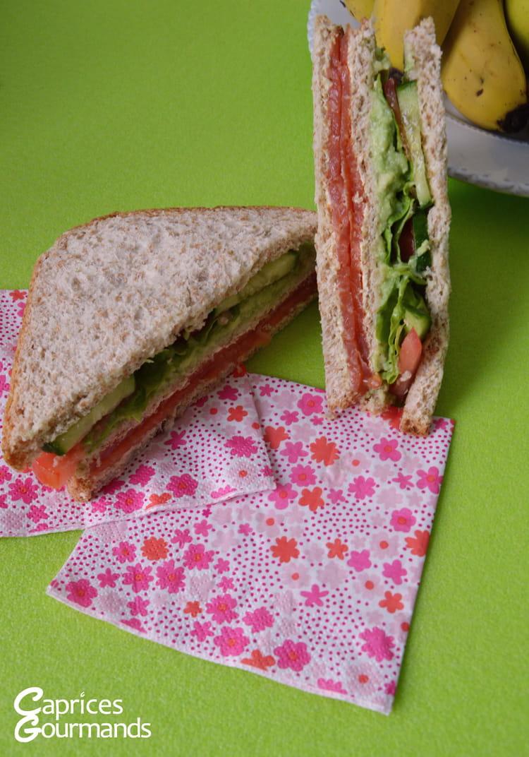 recette de club sandwich au saumon la recette facile. Black Bedroom Furniture Sets. Home Design Ideas