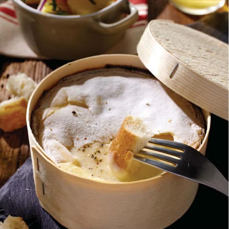 Recette de mont d 39 or cr meux salade de pommes de terre aux oignons rouge et lardons la - Recette fromage mont d or ...