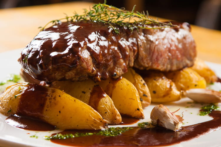 Recette de filet mignon au thermomix la recette facile - Cuisson filet de boeuf au four chaleur tournante ...