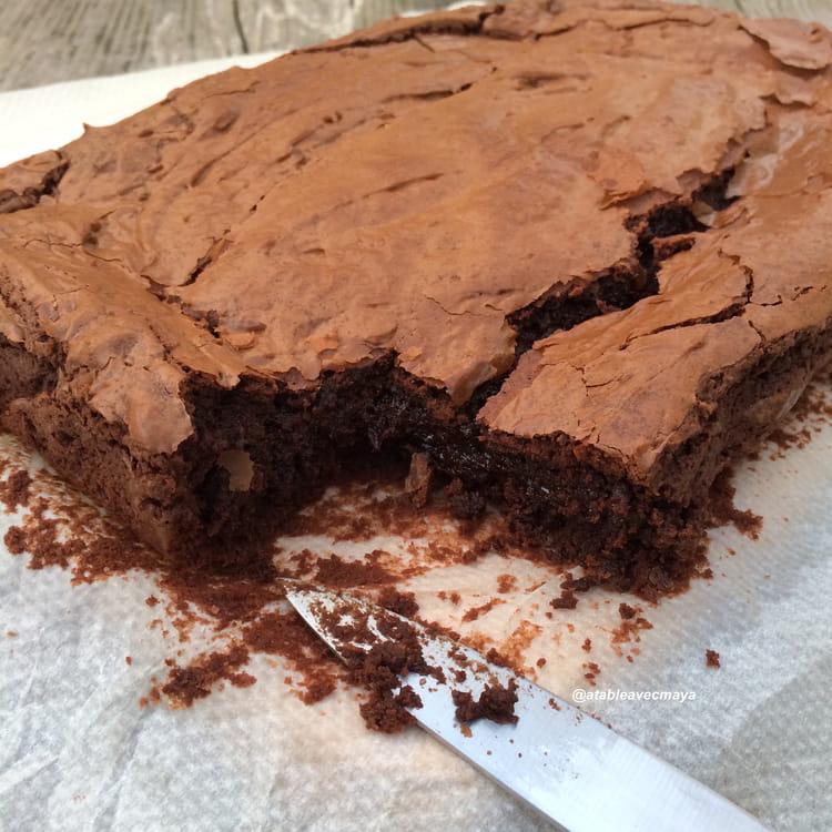 recette de brownie chocolat cr me de marrons et zestes d 39 orange la recette facile. Black Bedroom Furniture Sets. Home Design Ideas