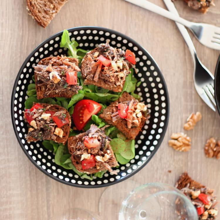Recette de tartine aux cuisses de canard confites - Cuisiner des cuisses de canard confites ...