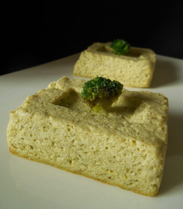 Recette de flan de brocolis parfum l 39 ail - Cuisiner les brocolis frais ...