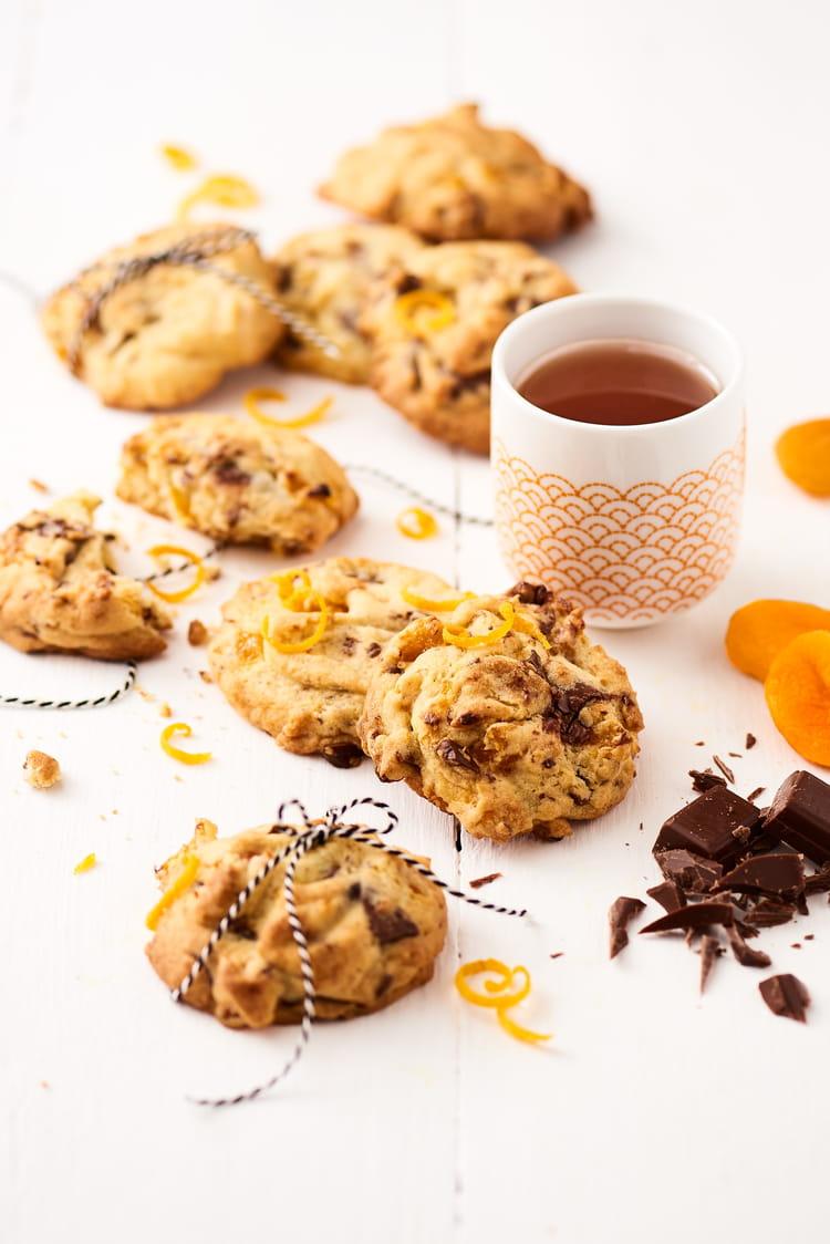 Recette de cookies moelleux au chocolat orange et abricot - Recette cookies chocolat moelleux ...