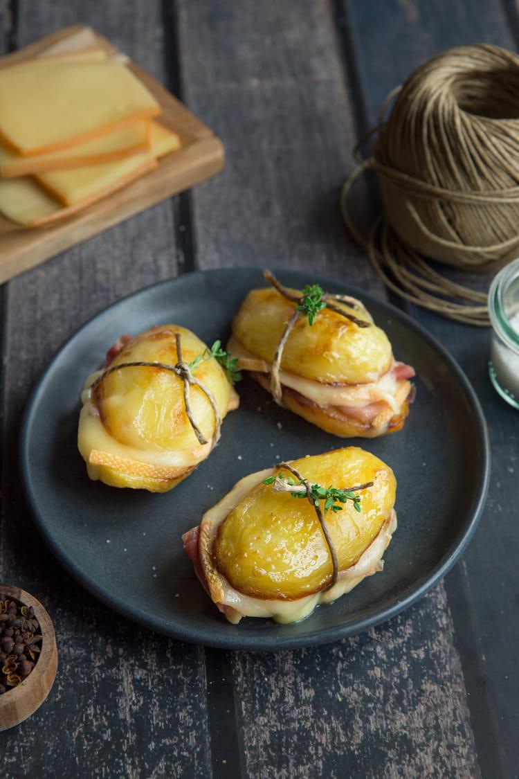 recette de sandwich de pommes de terre et raclette. Black Bedroom Furniture Sets. Home Design Ideas
