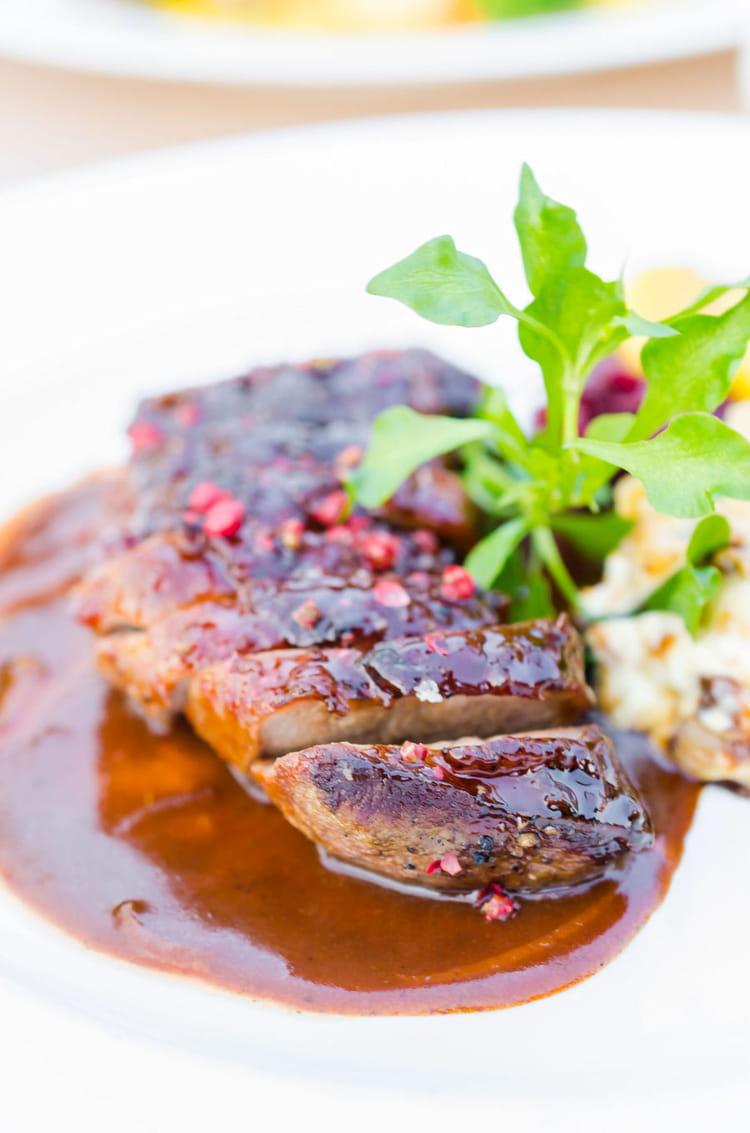 Recette de magret de canard au miel d 39 accacia et aux pices - Cuisiner magret de canard a la poele ...