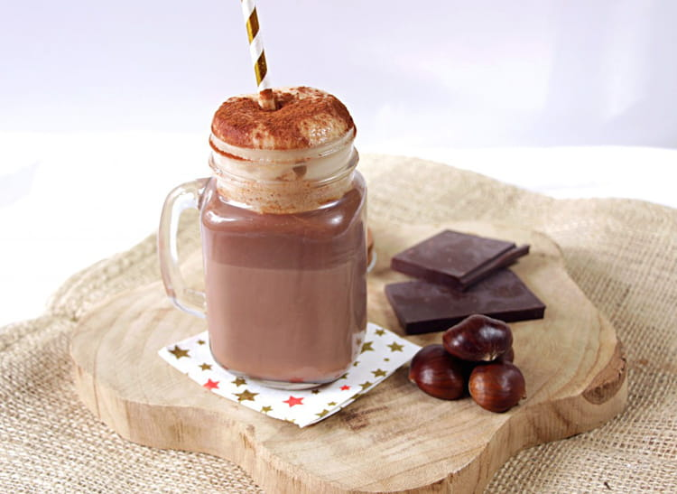 recette de vrai chocolat chaud et sa chantilly aux marrons. Black Bedroom Furniture Sets. Home Design Ideas