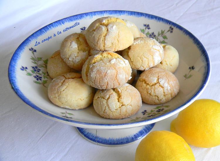 recette de biscuits tendres au citron biscotti morbidi al limone la recette facile. Black Bedroom Furniture Sets. Home Design Ideas
