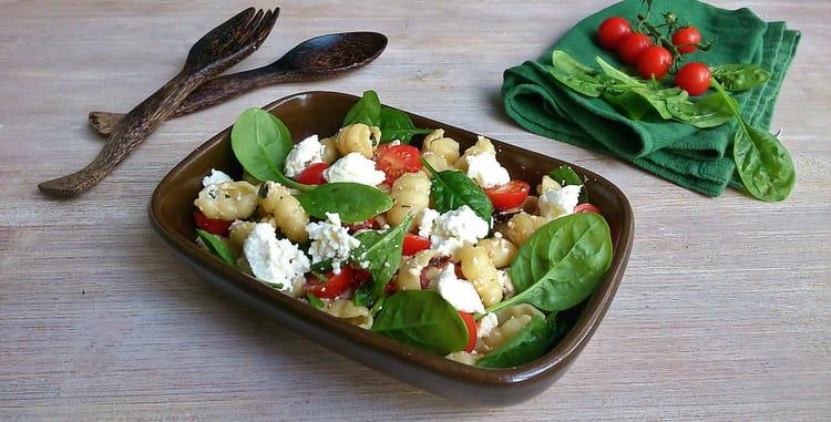 Recette de salade de gnocchi pousses d 39 pinards et - Cuisiner des gnocchis ...