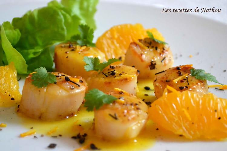 Recette de saint jacques po l es au beurre d 39 agrumes et poivre voatsiperifery la recette facile - Saint jacques aux agrumes ...