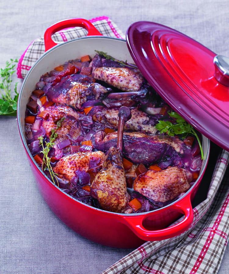 recette de poulet fermier au vin rouge la recette facile. Black Bedroom Furniture Sets. Home Design Ideas