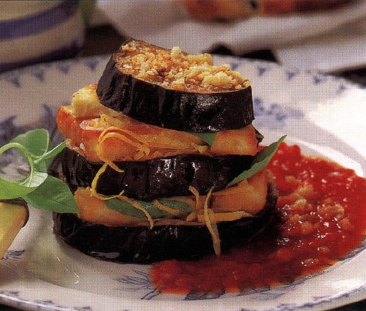 Recette de millefeuille d 39 aubergine au fromage haloumi - Cuisiner des aubergines facile ...
