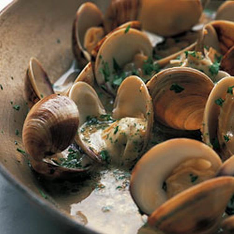 Recette de palourdes bulh o pato la recette facile for Cuisiner des palourdes