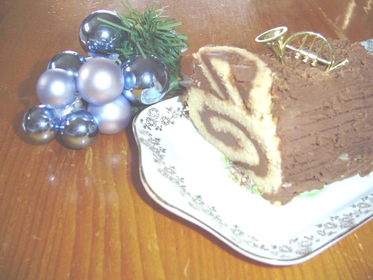 Recette de b che aux marrons et chocolat la recette facile - Cuisiner des marrons en boite ...