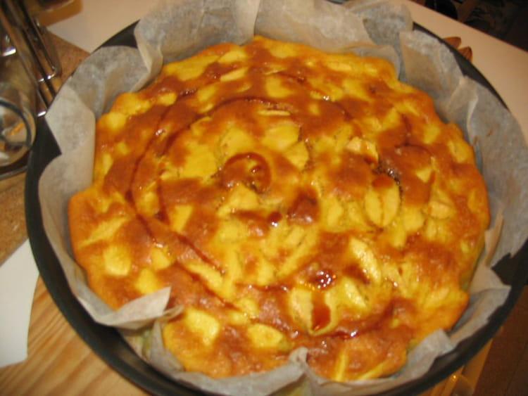 recette de g teau moelleux pommes poires la recette facile. Black Bedroom Furniture Sets. Home Design Ideas