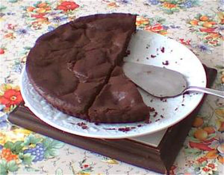 Recette de tarte au chocolat sans p te la recette facile - Tarte aux chocolat facile ...