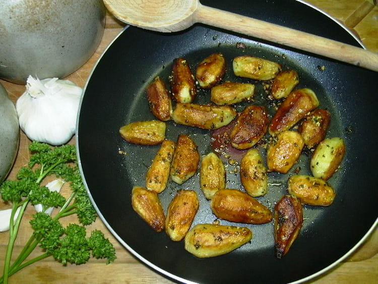 recette de pommes de terre la sarladaise la recette facile. Black Bedroom Furniture Sets. Home Design Ideas