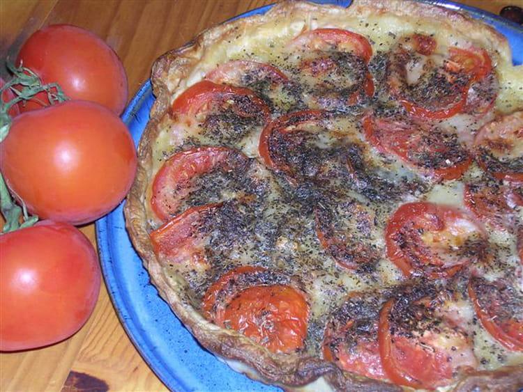 recette de tarte mozzarella tomates la recette facile. Black Bedroom Furniture Sets. Home Design Ideas