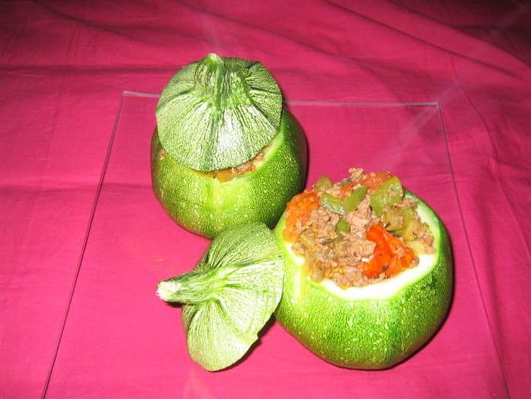 Courgettes rondes farcies la viande et aux l gumes la recette facile - Cuisiner des courgettes rondes ...